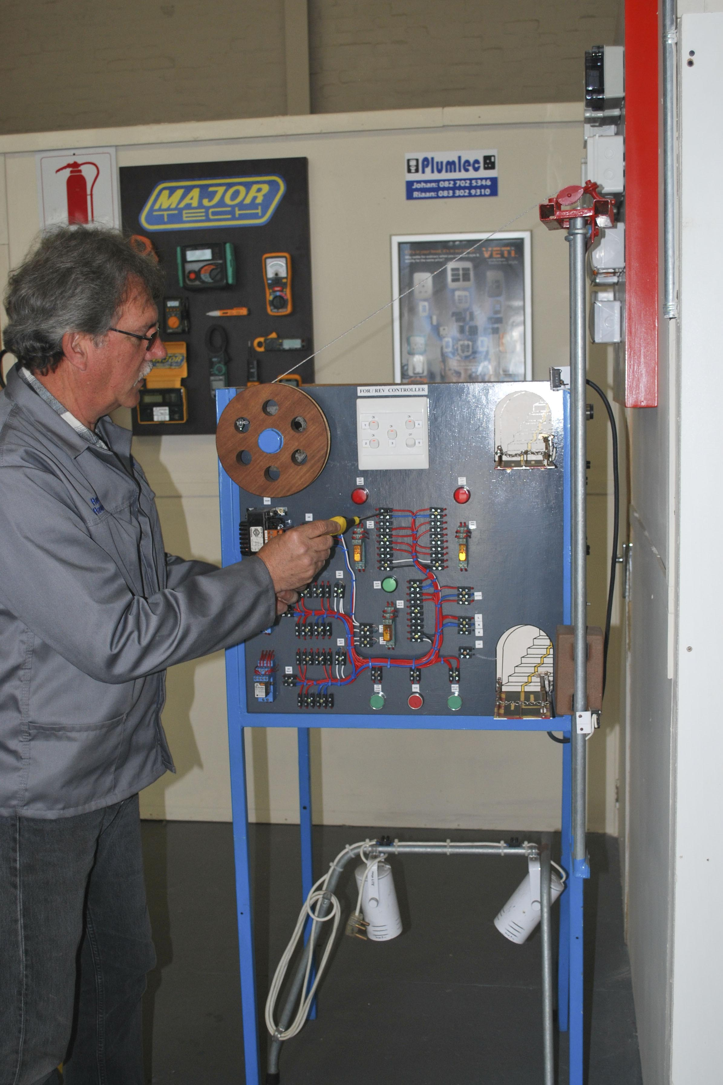 Electrical Engineering Belcomec Training For Electric Circuits Learn Nqf 2